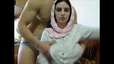 Arab Couple fuck on webcam - part2 on xxxcamporn.com