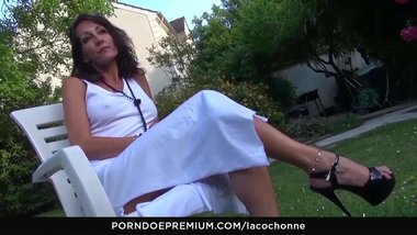LA COCHONNE - Hot French mature talks sex fantasies