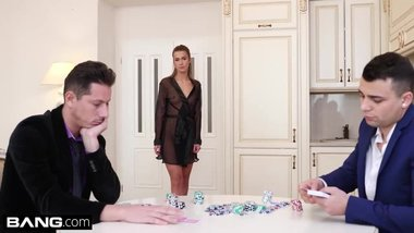 Glamkore - Alexis Crystal poker game turns into DP session