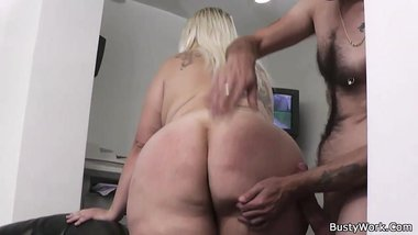 Blonde office lady pleases her boss