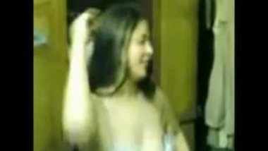 Hot Arab Girl Dancing 021