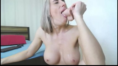 Hot sexy big tits blonde deepthroat blowjob a big dildo toy