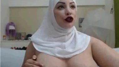 Hijab Girl naked