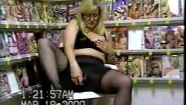 Milf Michelle Pumps Her Pussy in a Pornstore!