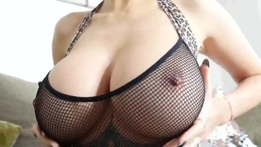 Hot Bimbo With Big Boobs Lillly Poppers Joi #MrBrain1988